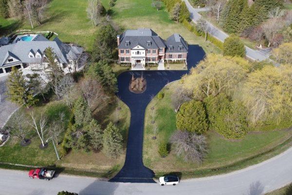 Luxury-house-with-beautiful-asphalt-sealing-driveway