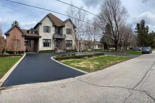 asphalt-sealing-for-luxury-house